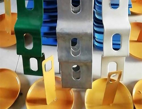 波形护栏配件托架