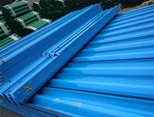 三波护栏板